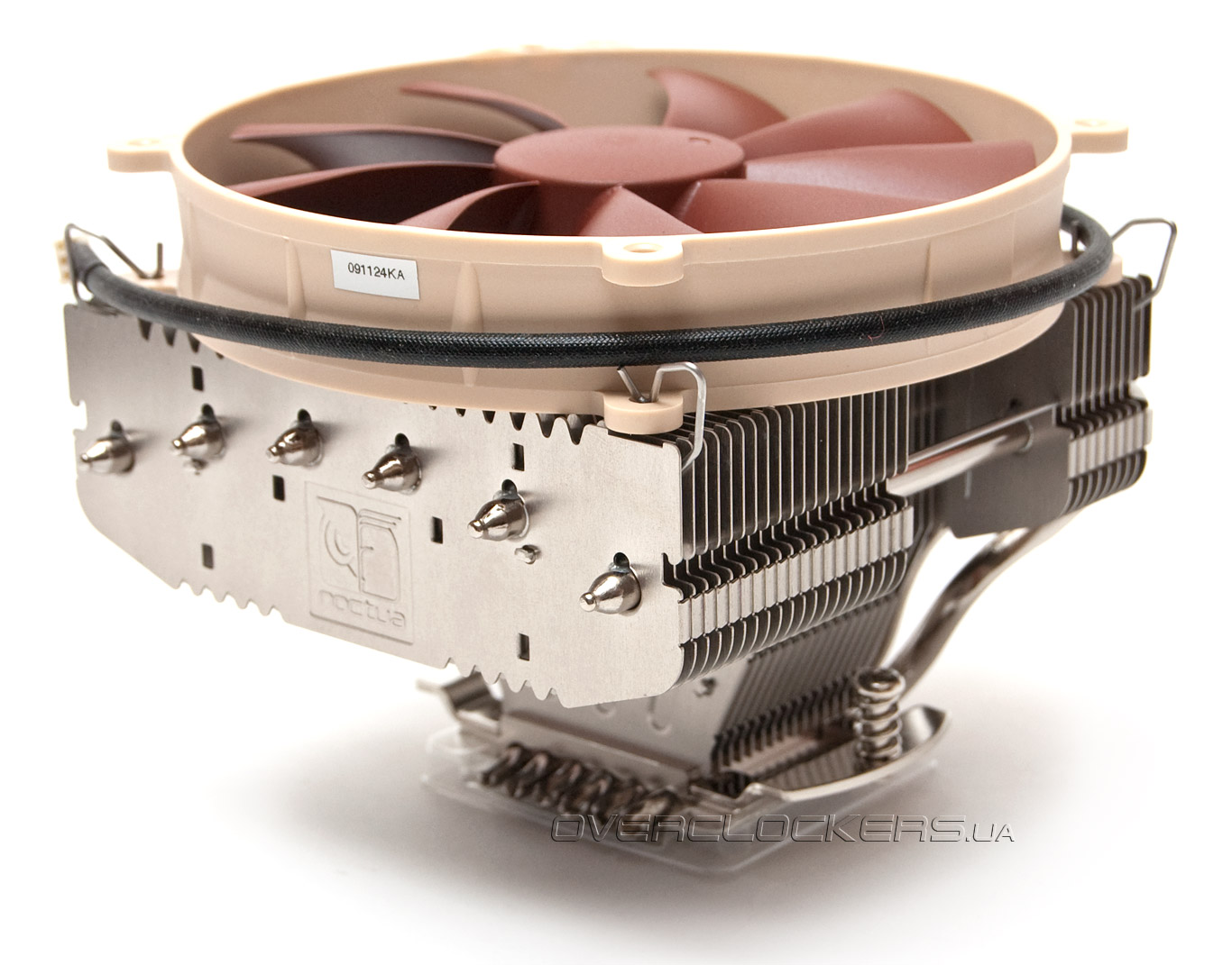25-big-noctua-nh-c12-se14.jpg